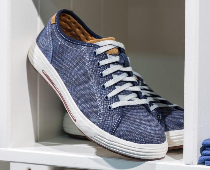 Chaussure de tennis en toile couleur jean